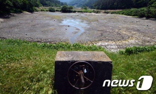 [사진]농사 지을 물이 없다