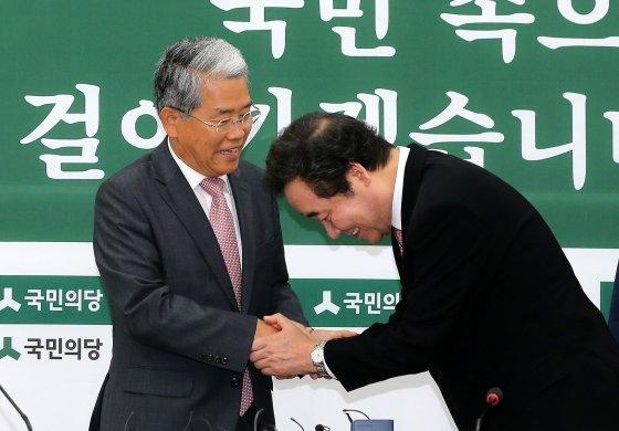 김동철 국민의당 원내대표와. /사진=뉴스1