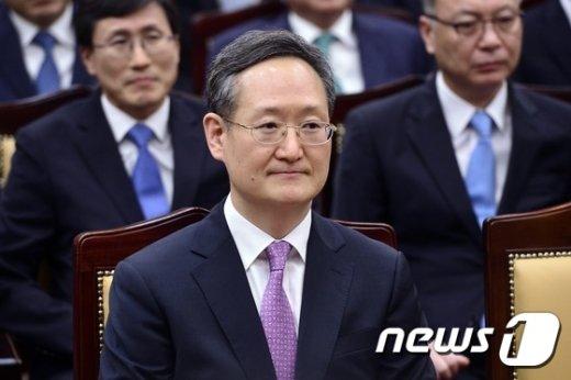 봉욱 신임 대검차장 © News1 민경석 기자