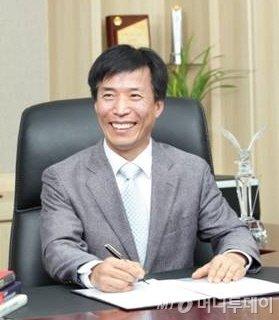 """[더벨]사파이어테크 """"LED용 매출↑ + 신사업 통해 재도약"""""""