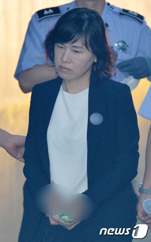 [사진]'이대비리' 이인성 교수 징역 1년, 집행유예 2년