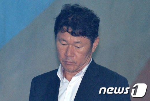 [사진]'정유라 이대 학사 비리' 남궁곤 전 처장 징역 1년 6개월