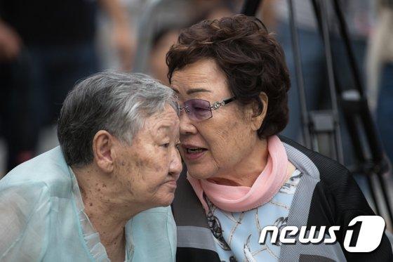 [사진]대화하는 길원옥-이용수 할머니