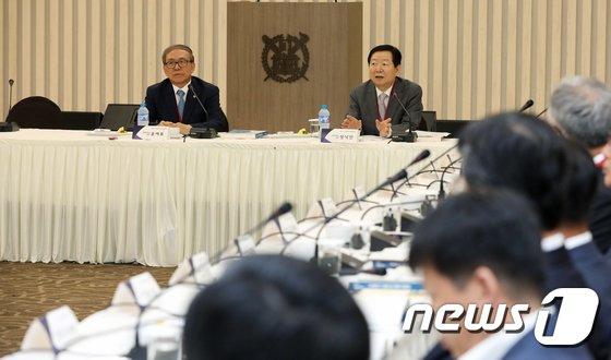 [사진]입학금 폐지를 위해 모인 전국 국·공립대학 총장들