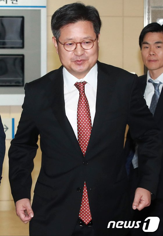 [사진]김장겸, 서부고용노동지청으로 자진출석