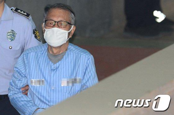 김기춘 전 대통령 비서실장. 2017.7.27/뉴스1 © News1 임세영 기자