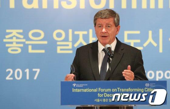 [사진]가이 라이더 ILO 사무총장 '좋은 일자리는...'