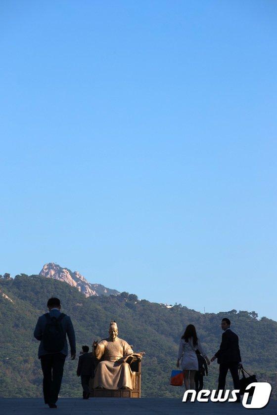 [사진]쾌청한 가을 하늘