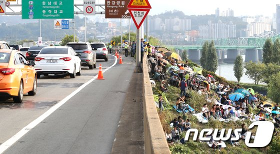 [사진]서울세계불꽃축제 명당을 찾아서