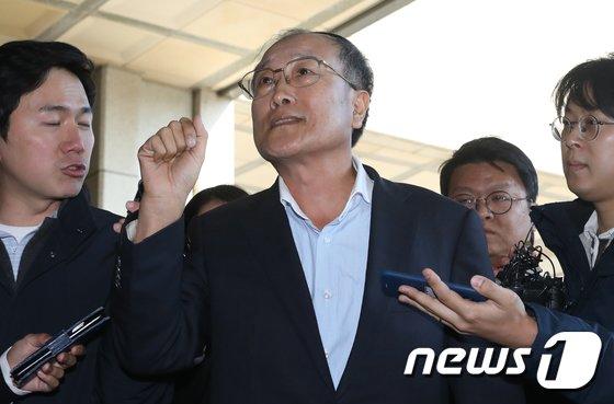[사진]'MB 방송장악' 김재철 前MBC 사장 檢 출석