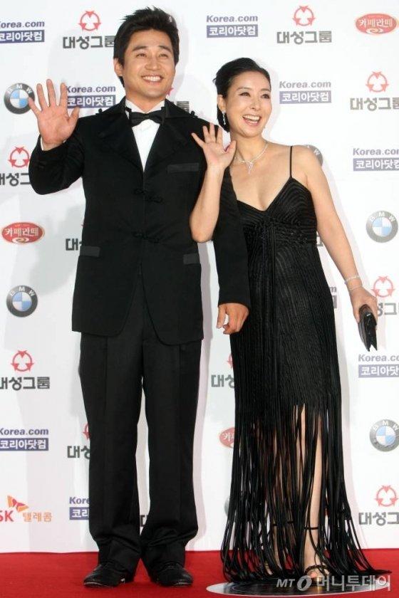 2008년 '제45회 대종상 영화제 시상식'에 참석한 배우 전노민(왼쪽)과 김보연. /사진=홍봉진 기자