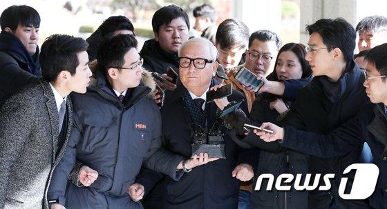 [사진]이병호 전 국정원장, 검찰 재소환