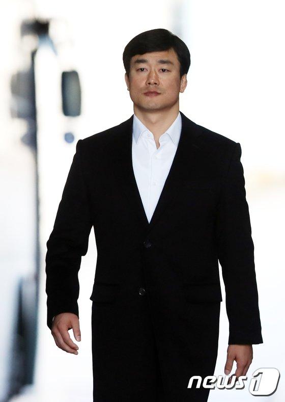 [사진]석방되는 이영선 전 靑 경호관