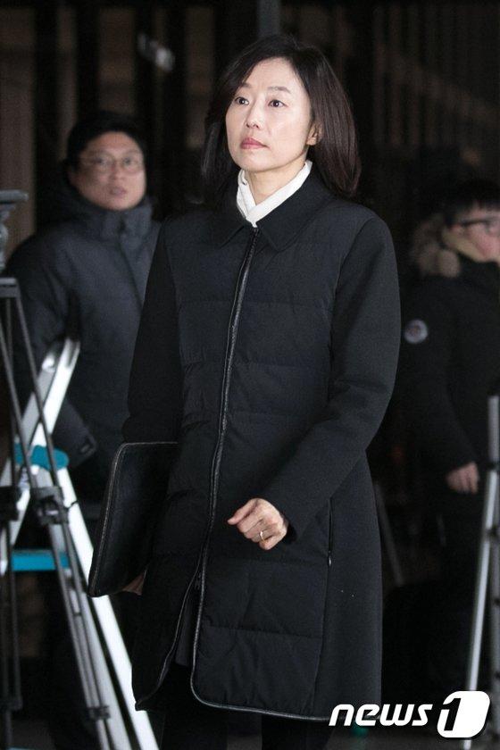 [사진]조윤선 전 정무수석 '일요일 검찰소환'