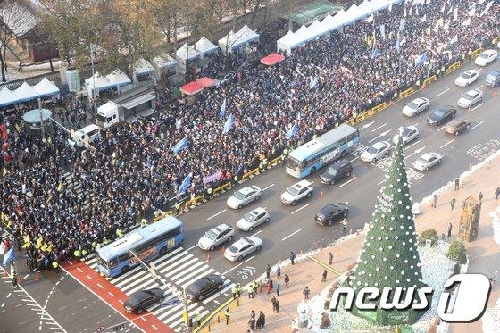 [사진]전국 의사 총궐기대회...'문재인 케어' 반대