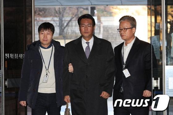 [사진]'군 댓글공작 개입 혐의' 김태효 전 비서관 '영장심사'