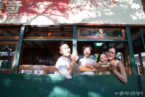익숙함과 낯섦이 공존하는 홍콩은 매력이 가득한 도시다. 매년 한국 여행객 100만 명 이상 다녀갈 정도로 인기 많은 홍콩은 최근 가족여행의 최적지로 각광받고 있다. /사진제공=홍콩관광청