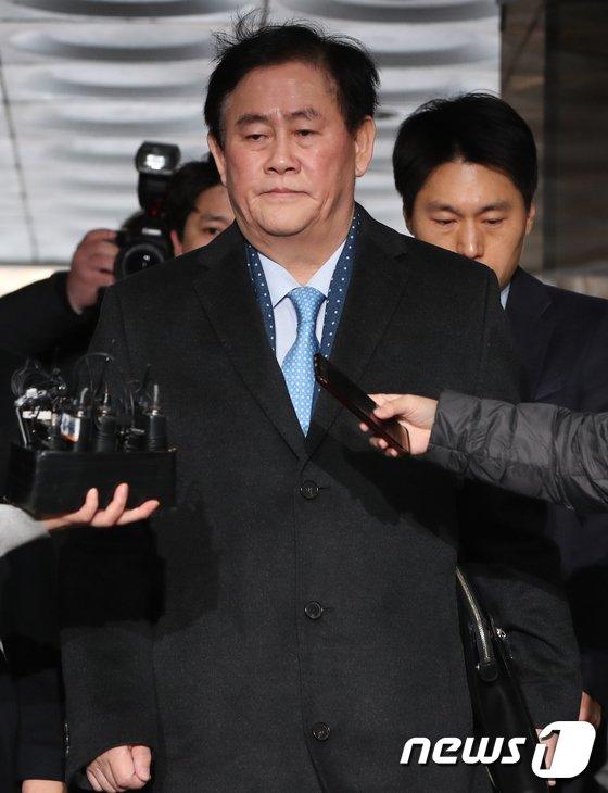 [사진]'국정원 특수활동비'  최경환 의원, 영장실질심사