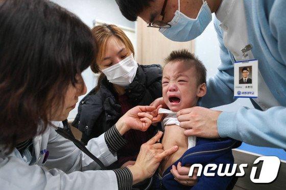 [사진]'독감 진료 너무 무서워'