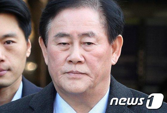 [사진]구속 갈림길 선 최경환