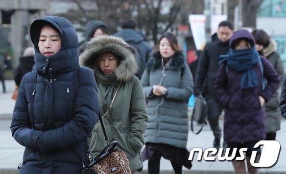 [사진]'추워도 너무 춥다'