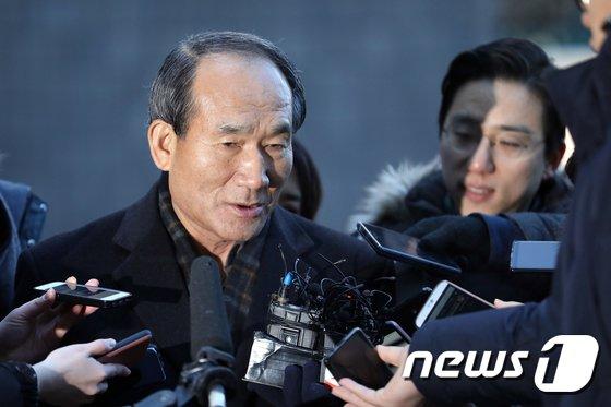 [사진]박승춘 전 국가보훈처장 '국정원이 비밀 요구'