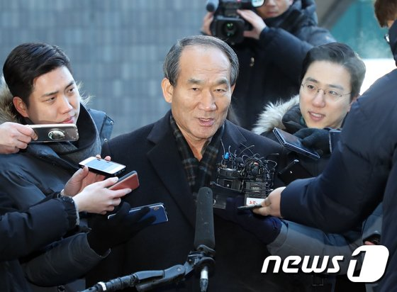 [사진]박승춘 '검찰 조사 성실히 임하겠습니다'