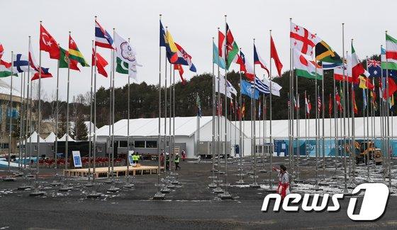 [사진]세계 선수들 맞을 준비하는 평창