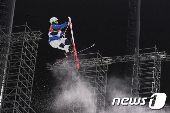 [사진]최재우 '잘못된 점프'