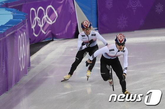 [사진]임효준-서이라 '다시 질주'