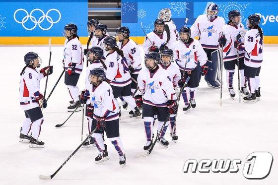 [사진]승리가 목마른 여자 아이스하키 단일팀