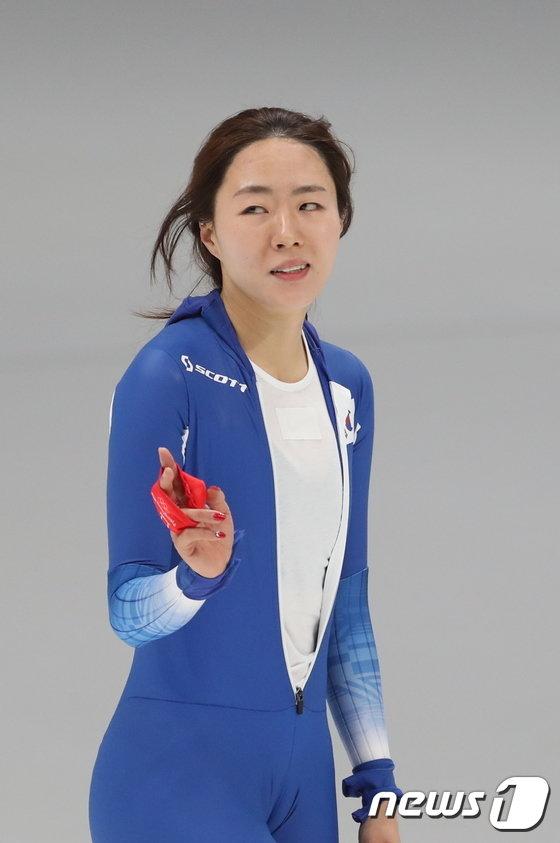[사진]이상화, 여자 500m 은메달