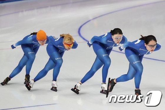 [사진]훈련 나선 대한민국 女 팀추월