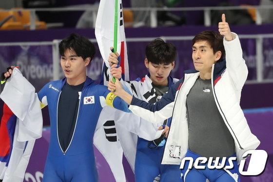 [사진]대한민국 男팀추월 '잘 싸웠다'