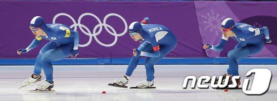 [사진]대한민국 남자 팀추월 '최선을 다한 은메달'