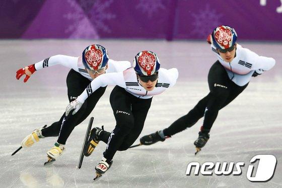 [사진]믿음직한 임효준-서이라-황대헌 '미리보는 금빛 질주'