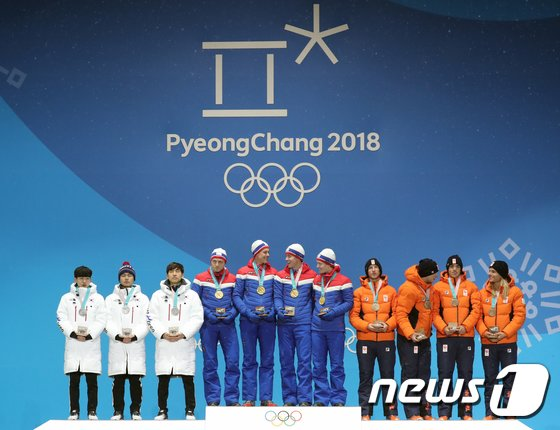 [사진]자랑스러운 정재원·김민석·이승훈