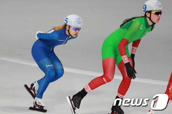 [사진]김보름 '달려라 달려'
