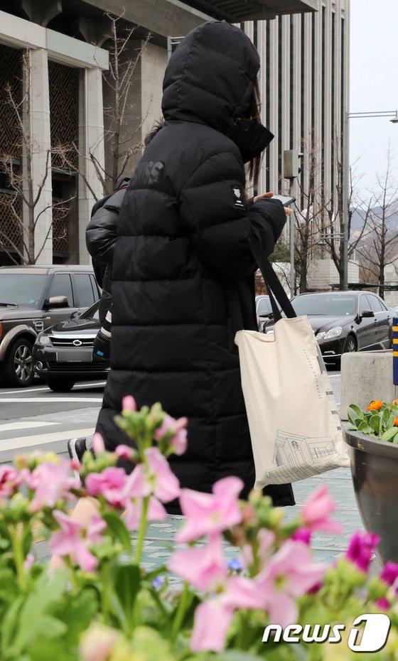 [사진]'봄과 겨울 사이'