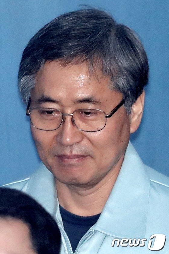 [사진]공판 출석하는 추명호 전 국정원 국장