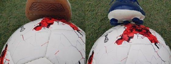 풋살화(왼쪽)와 축구화(오른쪽) /사진=서울 은평FS 풋볼아카데미