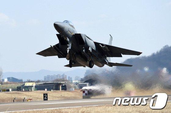 [사진]칠곡서 F-15K 전투기 1대 추락