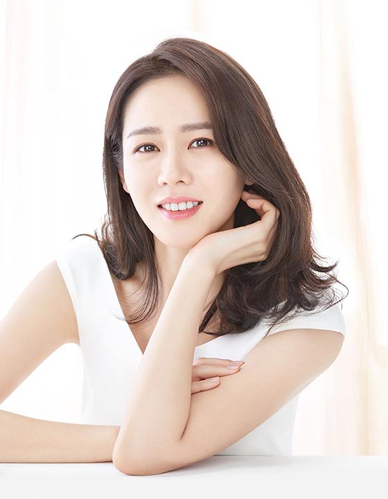배우 손예진/사진제공=바나브