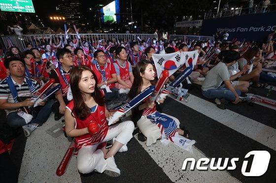 [사진]대한민국 월드컵 첫 경기 '조마조마'