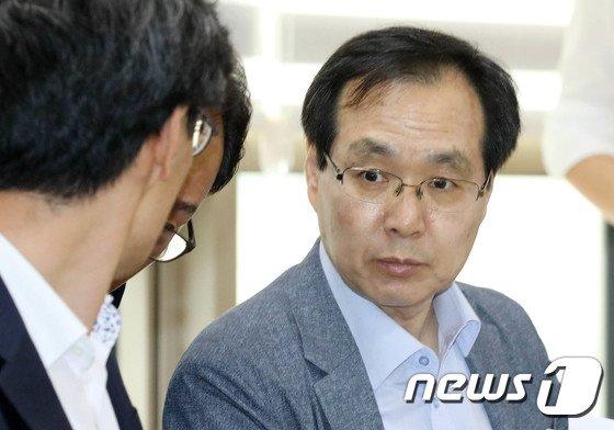 [사진]류장수 위원장 '최저임금 대화'