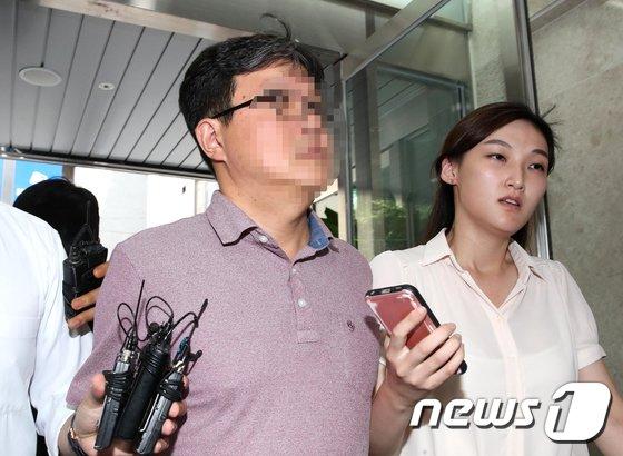 [사진]김경수 전 보좌관 한 모씨, 피의자 신분으로 특검 소환