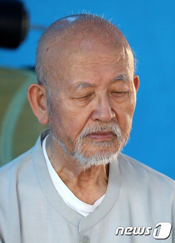 [사진]88세 설조스님이 단식 중인 이유는?