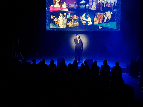 지난 5월27일 일본 도쿄에서 개최된 '2018 공연관광페스티벌 in 도쿄'에서 '웰컴대학로' 홍보대사인 뮤지컬배우 카이가 토크쇼를 진행하고 있다./사진제공=한국관광공사