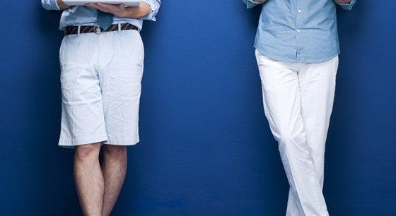 반바지(왼쪽)와 긴바지를 각각 입은 모습. 어떤 차이가 느껴지십니까? /사진=이미지투데이