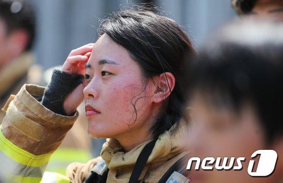 [사진]'폭염 잊은 열정'